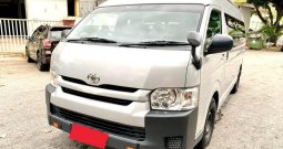 2014 – TOYOTA COMMUTER 3.0 AT SILVER – PC3363C