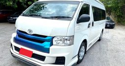 2014 – TOYOTA COMMUTER 3.0 AT WHITE – PC2926K