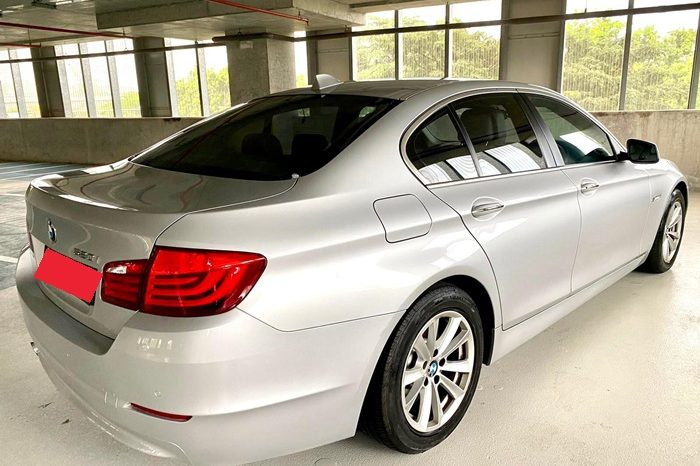 2013 – BMW 520I 2.0 AT SILVER – SLW6489R full