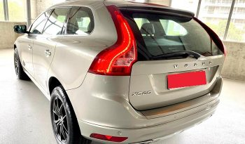 2014 – VOLVO XC60 T5 2.0 AT SILVER -SMA5868X full