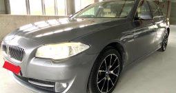 2013- BMW 520I SPORTS 2.0 AT GREY – SMX7439S