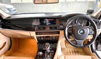 2013- BMW 520I SPORTS 2.0 AT GREY – SMY1074U full