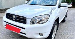 2006 – TOYOTA RAV4 2.4 AT SUV WHITE – SKQ8825P