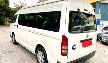 2016 – TOYOTA COMMUTER 3.0 AT WHITE – PC6833T full